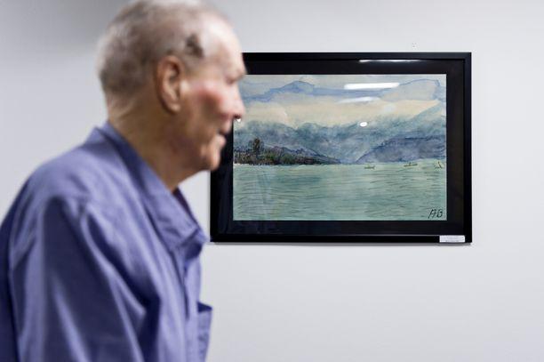 Bruuno aloitti muutama vuosi sitten maalaamisen. Hänen taideteoksiaan on näytteillä Kaunialan sairaalan seinillä.