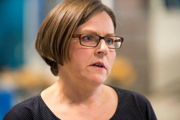 Heidi Hautalan mukaan kesäkuun EU:n huippukokouksessa käsitellään raporttia EU:n ja Venäjän välisestä suhteesta.