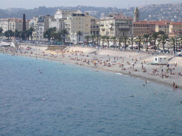 Nizzassa voi yhdistää kaupunki- ja rantaloman.