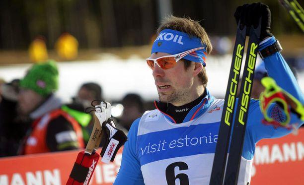Sergei Ustjugov velmuili kysymykselle sprinttifinaalin loppukirin tapahtumista.