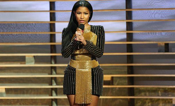 Nicki Minaj, oikealta nimeltään Onika Tanya Maraj, tunnetaan muun muassa kappaleestaan Super Bass.