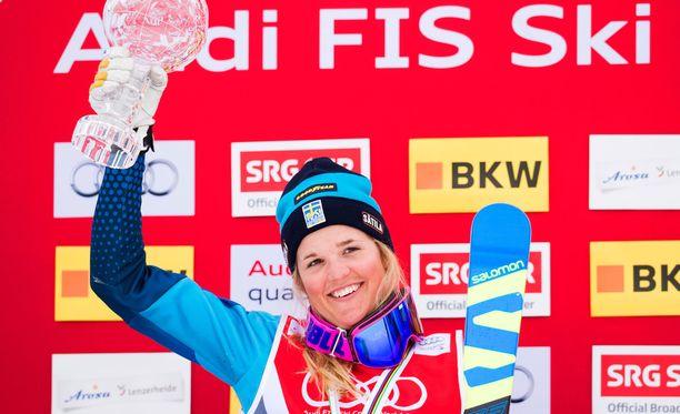Anna Holmlund on voittanut 17 maailmancupin osakilpailua ski crossissa.