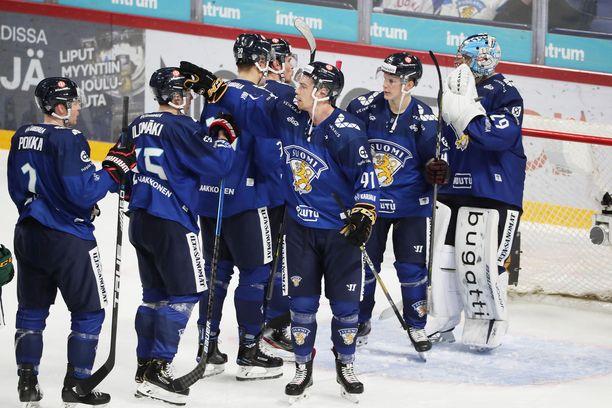 Leijonat taisteli isänpäivänä voiton Ruotsista.