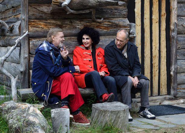 Lenita Airisto ja Jörn Donner ovat Vesa-Matti Loirin vieraat seuraavassa Loirinuotiolla-jaksossa.