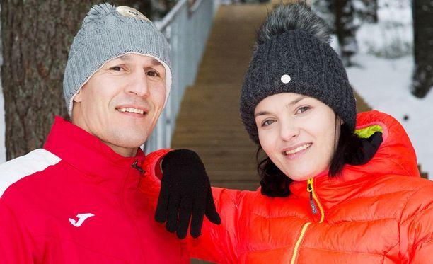 Kuvassa Amin Asikainen ja Nadia Ammouri Kirkkonummella.