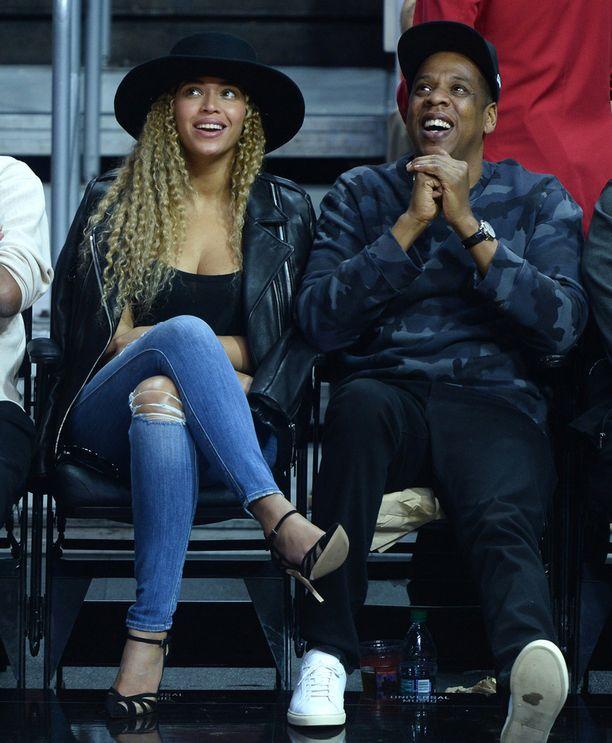 Beyoncé ja Jay Z kuvattiin tällä viikolla yhdessä Los Angeles Clippersin pelissä. Pariskunta vaikutti hyväntuuliselta.