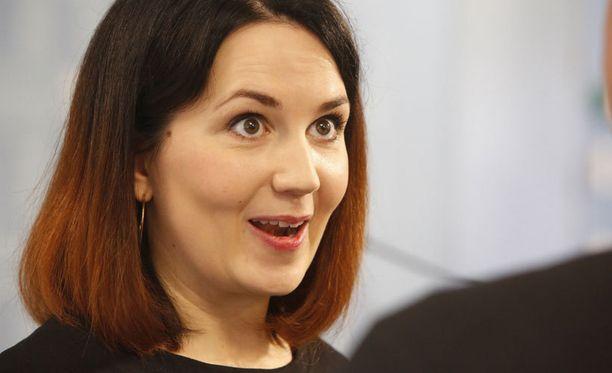 Sanni Grahn-Laasosen valinta ministeriksi aiheutti kuohuntaa kokoomuksen sisäpiirissä.