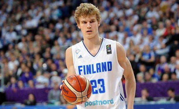 Lauri Markkanen on kärsinyt lievästä selkävaivasta NBA-kauden alla.