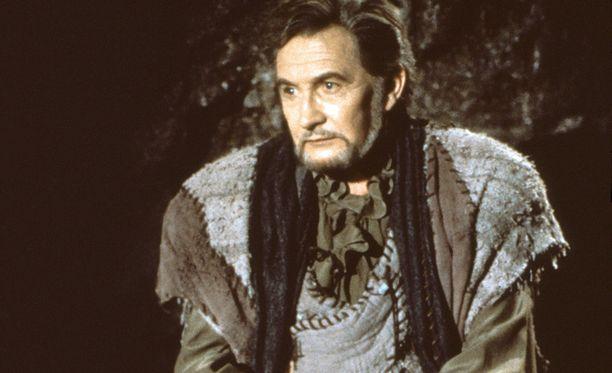 Dotrice näytteli lukuisissa näytelmissä ja esimerkiksi yhdysvaltalaistelevisiosarjassa Kaunotar ja Hirviö.