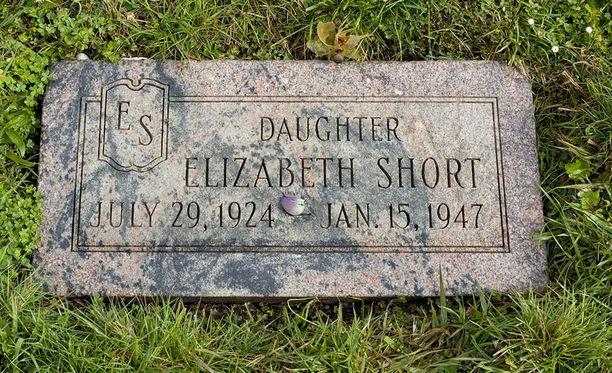 Elizabeth Short on haudattu Los Angelesiin.