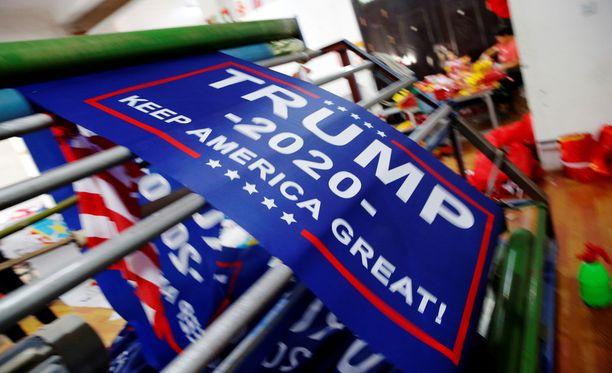 Tulevien vaalien iskulause on Keep America Great, pidetään Amerikka mahtavana.