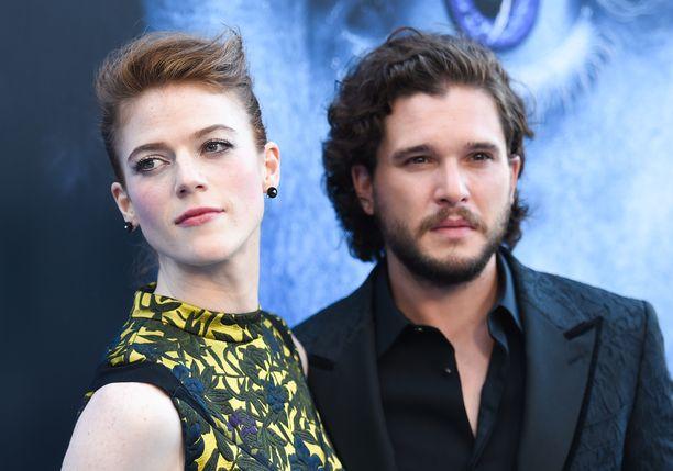 Rose Leslie, 31, ja Kit Harington, 31, ovat englantilaisia näyttelijöitä.