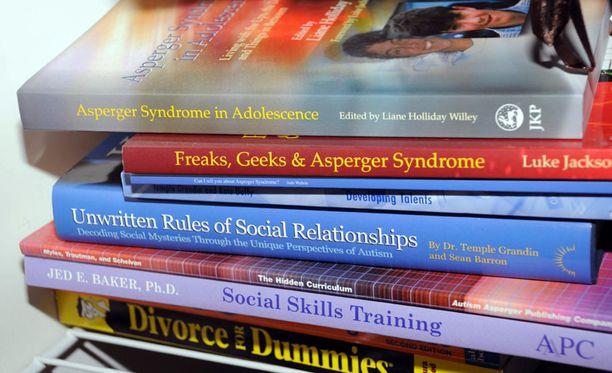 Lanzan kodista löytyneitä kirjoja.