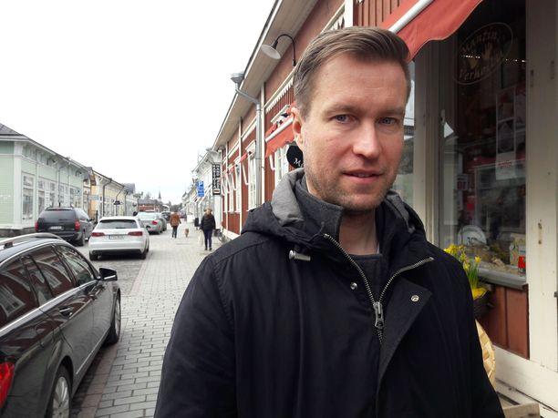 Petri Vehanen saa kunniaa Raumalla.