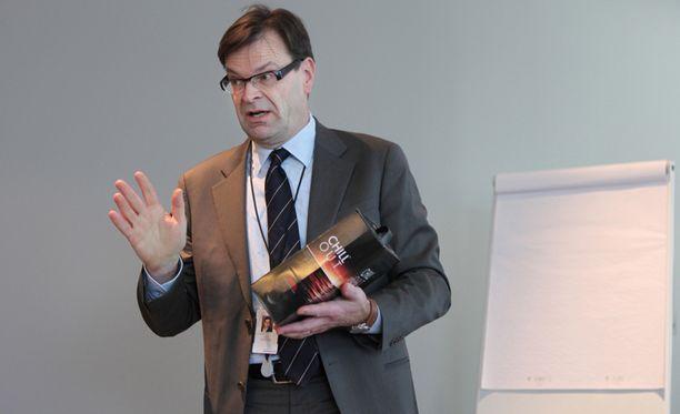 Valtionyhtiö Altian Antti Pankakoski joutui yhtiön mukaan jättämään tehtävänsä epätyydyttävän tuloskehityksen vuoksi.