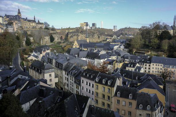 Mies ajoi väkijoukkoon Luxemburgin Wiltzissä. (Kuvituskuva)