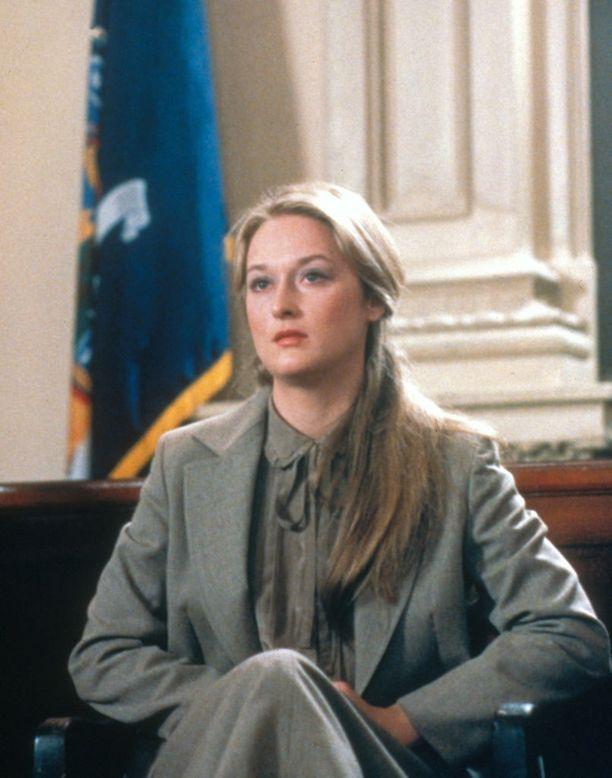 Streep voitti ensimmäisen Oscarinsa elokuvasta Kramer vastaan Kramer (1979). Yhteensä pelkästään Oscar-ehdokkuuksia on kerääntynyt 19 ja voittoja kolme.