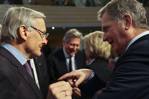 Niinistö ja entinen Itävallan liittokansleri Wolfgang Schussel keskustelivat perjantaina.