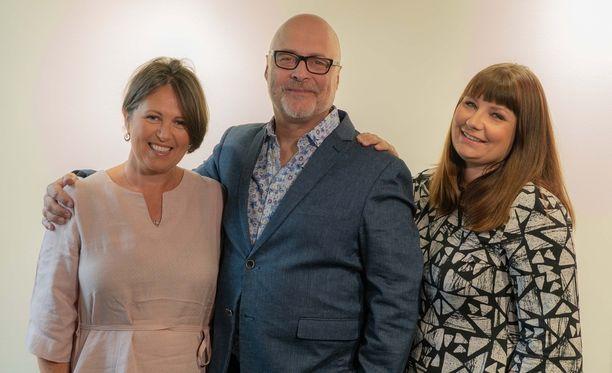 Marianna Stolbow, Tony Dunderfelt ja Elina Tanskanen valitsivat toisilleen sopivat parit.
