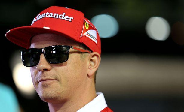 Kimi Räikkönen vähätteli Ferrarin suosikkiasemaa Singaporen GP:n alla.