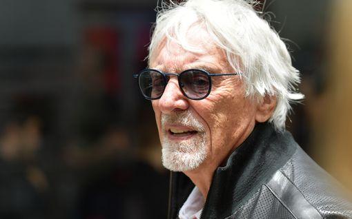 Bernie Ecclestone, 89, sai pojan! Tulokkaan vanhin siskopuoli on 65 vuotta vanhempi