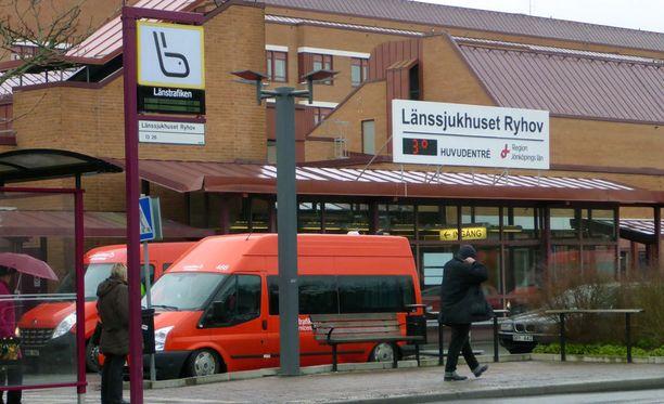 Jönköpingin lääninsairaalassa päädyttiin tiukentamaan synnytysten kuvaamisen sääntöjä.