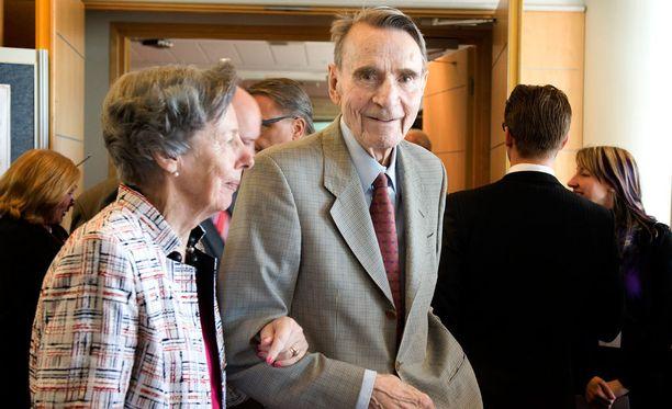 Mauno ja Tellervo Koivisto SDP:n puoluekokouksessa vuonna 2012.