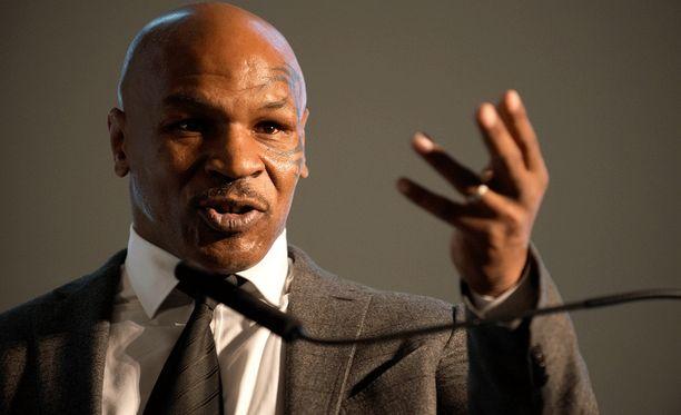 Mike Tyson ei perusta Floyd Mayweatherista ihmisenä.