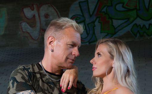 """Tauski ja Henna Peltonen palasivat yllättäen yhteen – avoin rakkaushaastattelu: """"Emme löytäneet toistemme vertaista"""""""