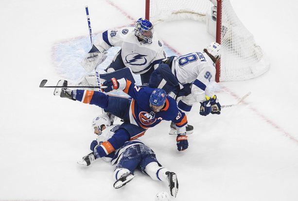 NHL:n tv-oikeudet omistava NBC haluaisi NHL:n käyntiin pian. Mediajätti omistaa myös olympialaisten tv-oikeudet, eikä se haluaisi näyttää näitä kahta urheilutapahtumaa päällekkäin ensi kesänä.