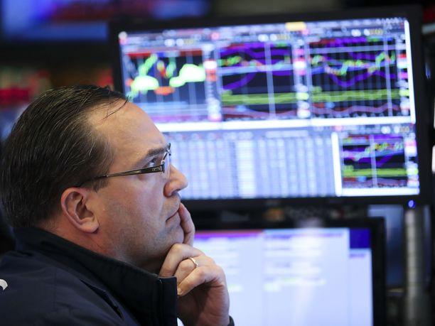 Wall Streetillä pörssin kaikki pääindeksit sukelsivat Kiinan ilmoitettua vastatulleista yhdysvaltalaistuotteille.