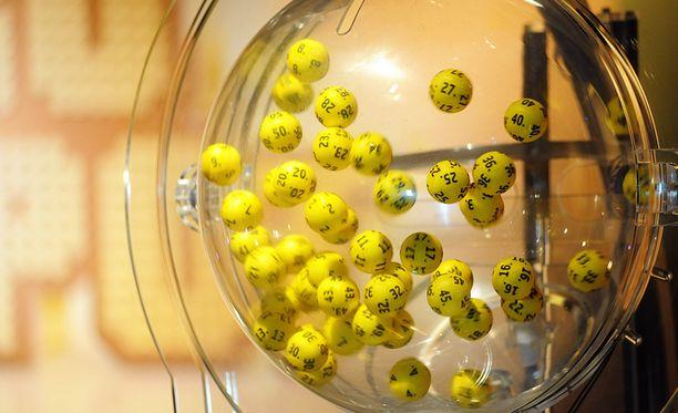 Eurojackpot toimii yhteisesti 16 Euroopan maan välillä.