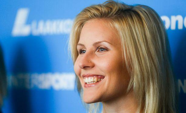 Kristiina Mäkelä kilpailee perjantaina kolmiloikan EM-karsinnassa.