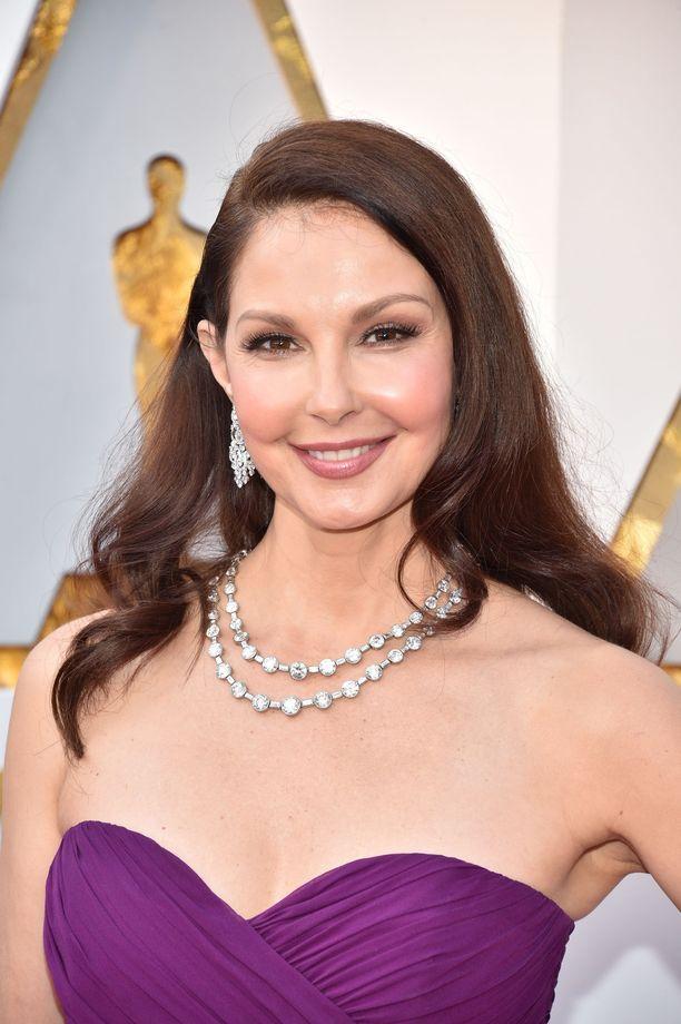 Näyttelijä Ashley Judd loukkasi jalkansa onnettomuudessa.