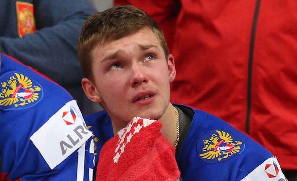 Vladislav Kamenevin kuppi kierähti törkeällä tavalla nurin tiistain finaalissa.