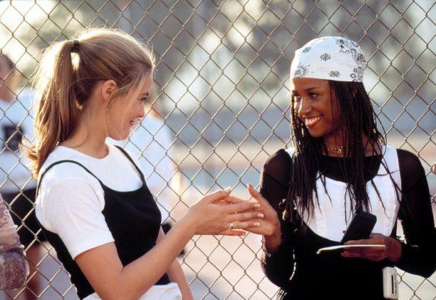 Alicia Silverstonen ja Stacey Dashin tyyli elokuvassa Clueless (1995) inspiroi taas muotia.