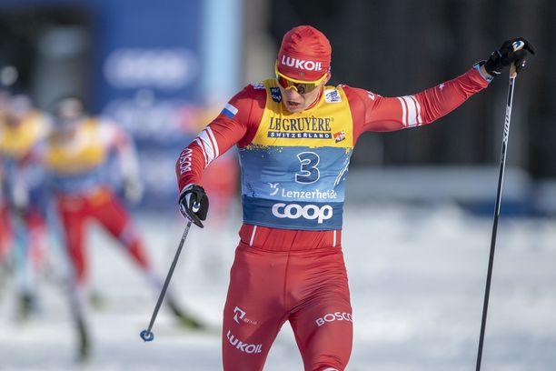 Aleksandr Bolshunov juhli uransa ensimmäistä Tour de Skin voittoa.