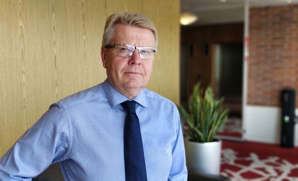 """""""Korostan hallituksen vastuuta tehdä päätöksiä budjettiriihessä"""", EK:n toimitusjohtaja Jyri Häkämies sanoo."""