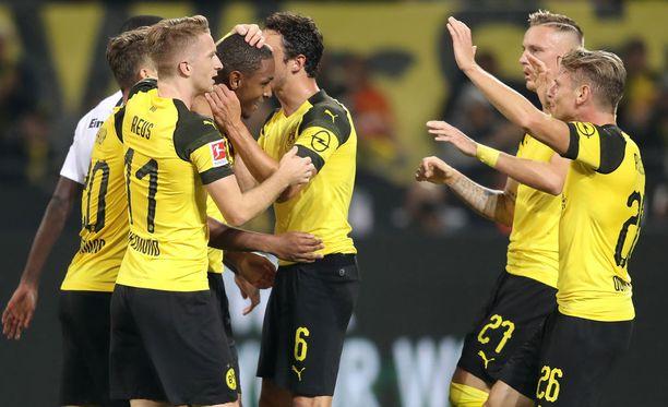 Dortmund ei lamaantunut Frankfurtin tasoituksesta, vaan nousi voittoon kotiyleisönsä edessä.