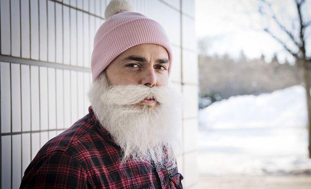 Brother Christmas kommentoi kohua Ylen ohjelmassa.