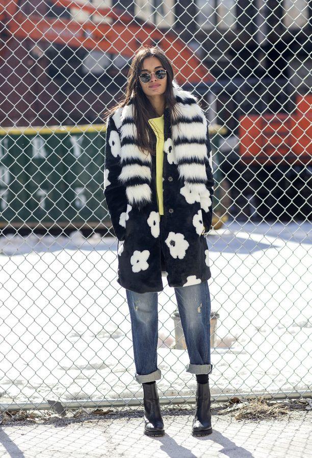 Malli Gizelle Oliveiran värikäs talvilook.