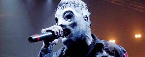 Metallia maskit päässä soittava Slipknot on ensi kesän Ruisrockin vetonauloja.