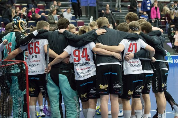 Jyväskylän Happeen pelaajat ilmoittautuivat apuun koronaviruksen riskiryhmiin kuuluville.