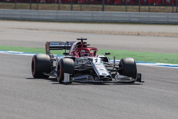 Kimi Räikkönen lähtee tavoittelemaan pääsyä aika-ajon viimeiseen osaan.