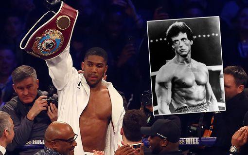 Anthony Joshua jakoi nostalgisen videon treeneistään Rocky-hengessä – päärynäpallo saa kyytiä