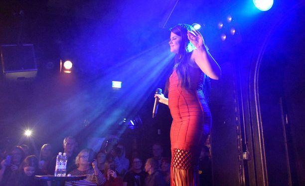 Saara Aalto lauloi DTM:ssä kaksi kappaletta.