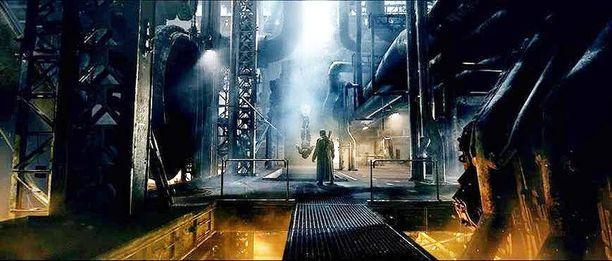 Jeremiah Harm kertoo intergalaktisesta palkkionmetsästäjästä, joka matkaa Maahan. Elokuva perustuu sarjakuvaan, jonka ovat kirjoittaneet Keith Giffen ja Alan Grant. Erikoistehoisteista vastaa tamperelainen, myös Iron Sky:n tehosteet tehnyt Troll VFX.