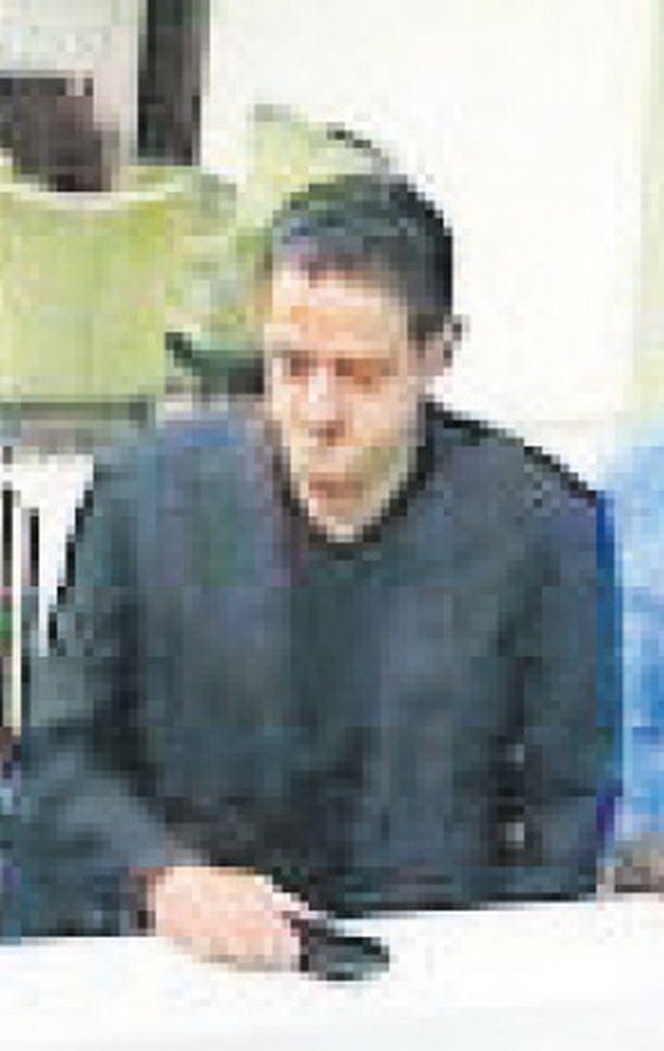 Mahir Abdulaziz Mutrib kuvattiin Istanbulin lentokentällä Khashoggin kuolinpäivänä.