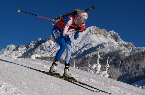 Kaisa Mäkäräinen oli kakkonen komeissa Alppi-maisemissa torstaina Itävallassa.