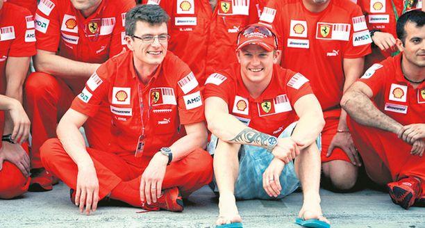 SUOSITTU. Hyväntuulinen Kimi Räikkönen jutteli Maranellossa avoimesti.